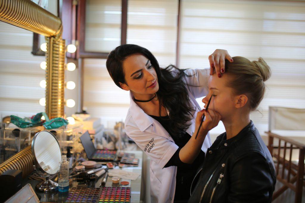 profesyonel makyaj eğitimi